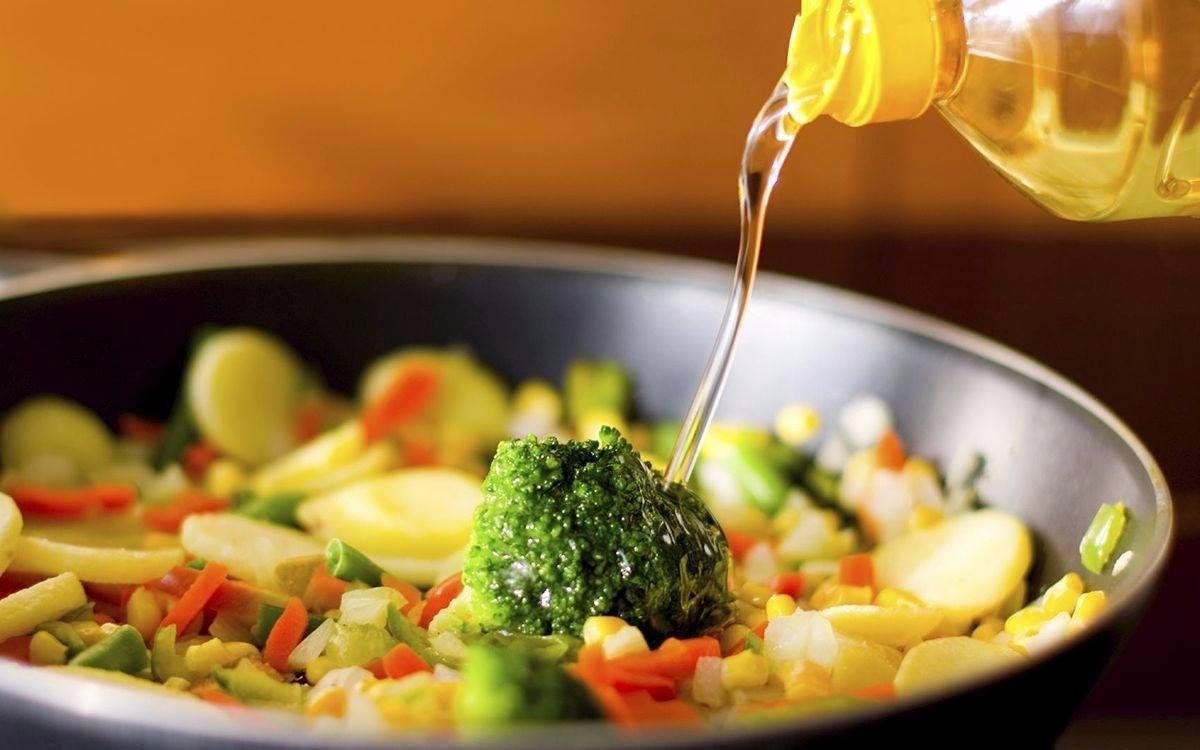 Qual é o melhor óleo ou azeite para cozinhar?
